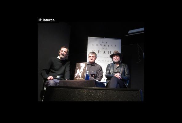 Joaquín Sabina y El Gran Wyoming homenajean a Javier Krahe